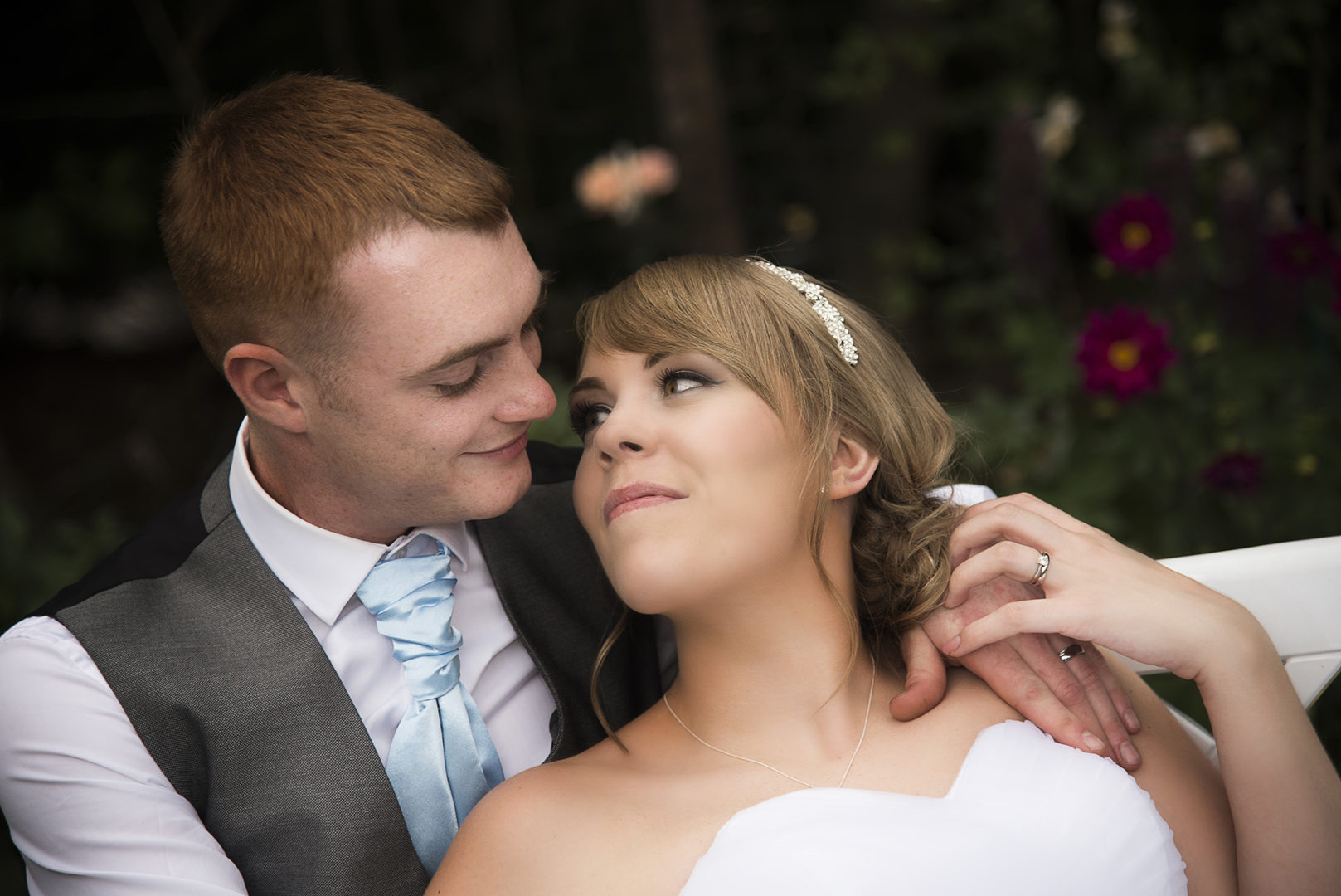 Nuneaton wedding photography by AJTImages at The Chestnuts Club